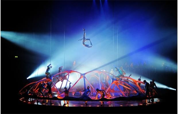 Cirque du Soleil - Crystal at Fiserv Forum
