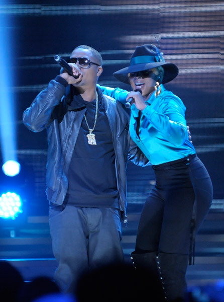Mary J. Blige & Nas at Fiserv Forum