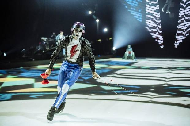 Cirque du Soleil - Axel at Fiserv Forum